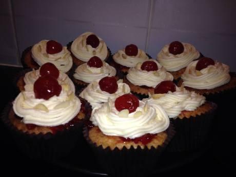 Vegan cupcakes, plenty of sugar added...